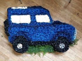 Land rover tribute